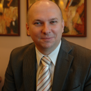 dr Bartosz Grucza